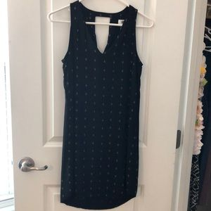 Old Navy dress size XS. Black. Gently used